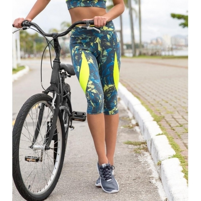 'Bora Bora' Supplex Fitness Capri Leggings