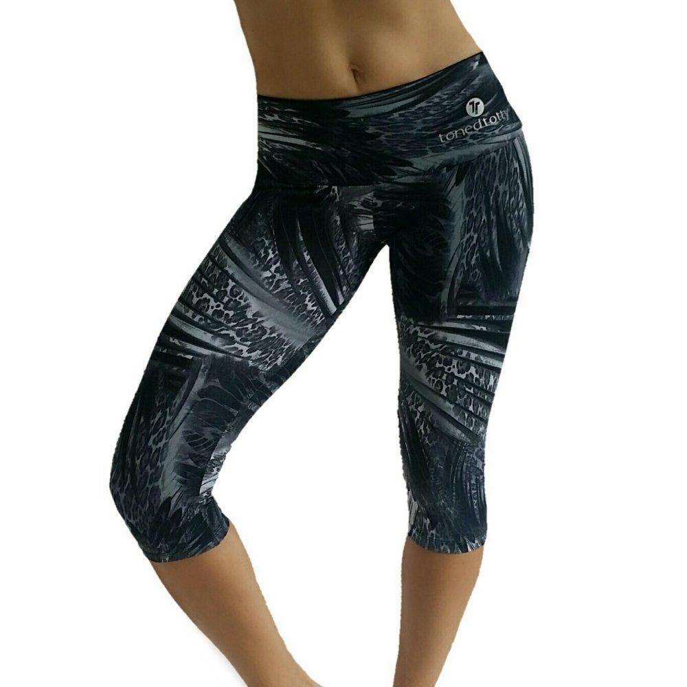 b4e33d16cd70ce Supplex butt lifting gym leggings that hide cellulite imperfections