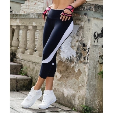 'Lady Like' Supplex Fitness Capri Leggings