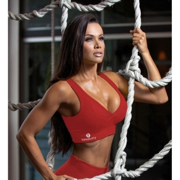 'Vamp It Up' V-Back Red Sports Bra