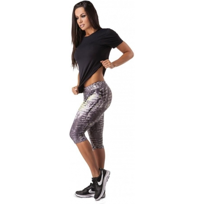 'Zig-a-zig-ah' Waxed Capri Gym Leggings